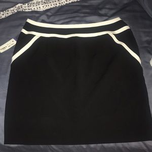 *New With Tags* Black pencil Skirt!